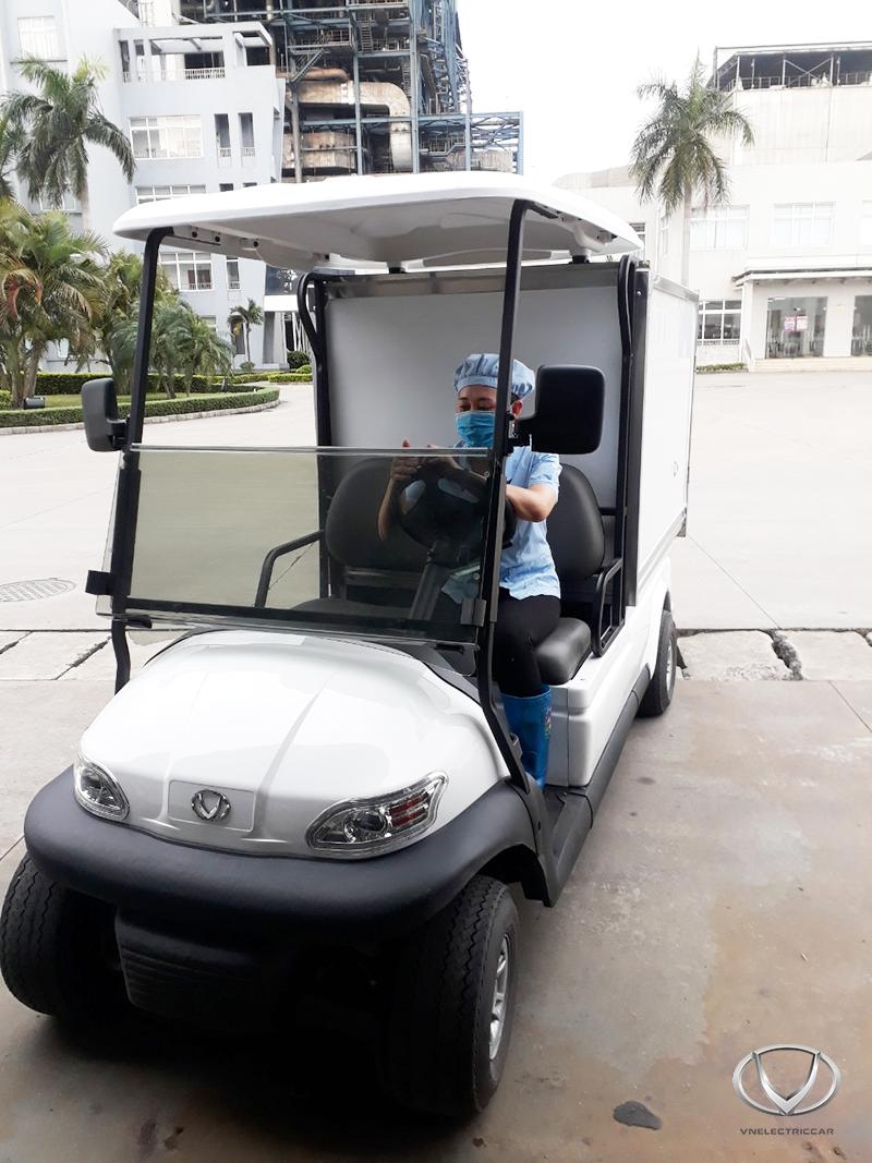 Tùng Lâm bàn giao xe điện chở hàng cho công ty tại Hải Phòng