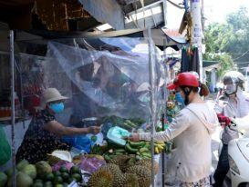 Tiểu thương TPHCM 'tung chiêu' giữa mùa dịch