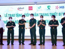 MB trao tặng trang thiết bị y tế trị giá 5 tỷ đồng cho Bệnh viện Quân y 175