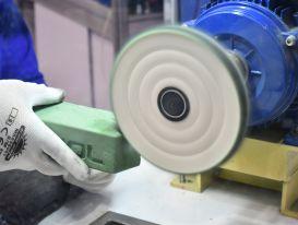 Tầm quan trọng của sáp đánh bóng inox trong việc đánh bóng sản phẩm inox