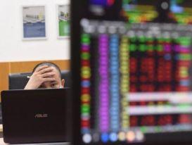 Nhiều tiền, cổ phiếu dễ bị làm giá?