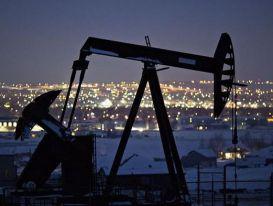Tăng 7 tuần liên tiếp, giá dầu đạt đỉnh 10 tháng