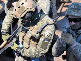 Báo Nga nêu tên các nước giúp Ukraine chuẩn bị cho chiến tranh ở Donbass