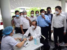 TP.HCM bắt đầu chiến dịch tiêm vắc xin Covid-19 lớn nhất