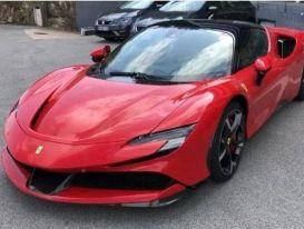 Chồng cũ ca sỹ Lệ Quyên chốt mua Ferrari SF90 Stradale gần 30 tỷ