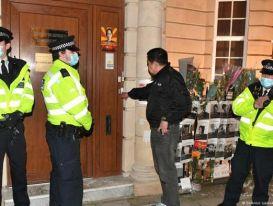 Đại sứ Myanmar tại Anh bị 'nhốt' bên ngoài tòa nhà đại sứ quán
